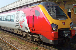 Virgin Cross Country Class 221 Super Voyager Nummer 221121 in Taunton